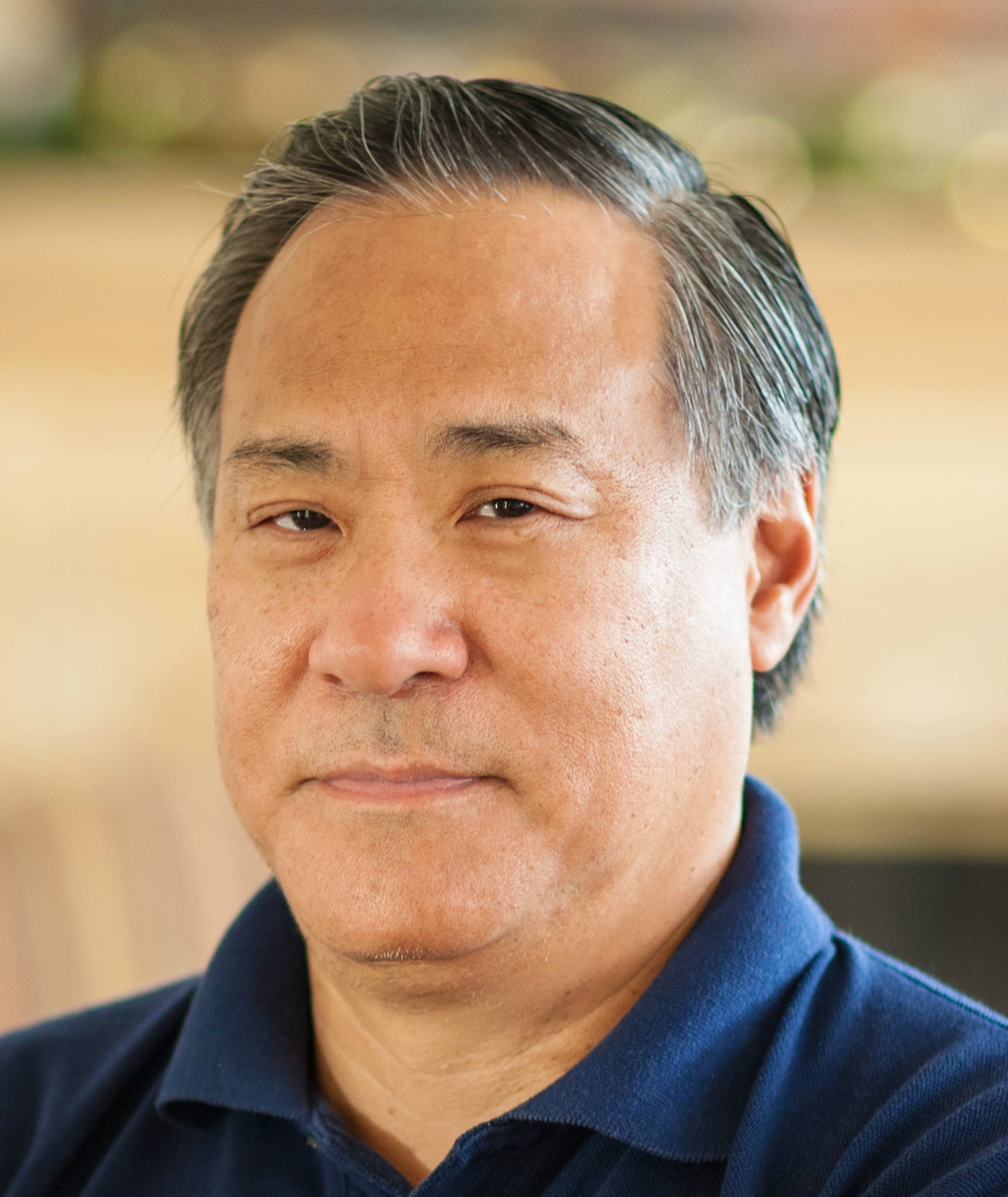 Alan Wu headshot